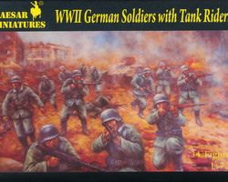 German soldiers and tankriders