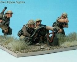 British Vickers MG & crew (desert)