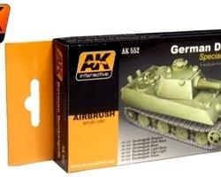 German dark green modulation color set